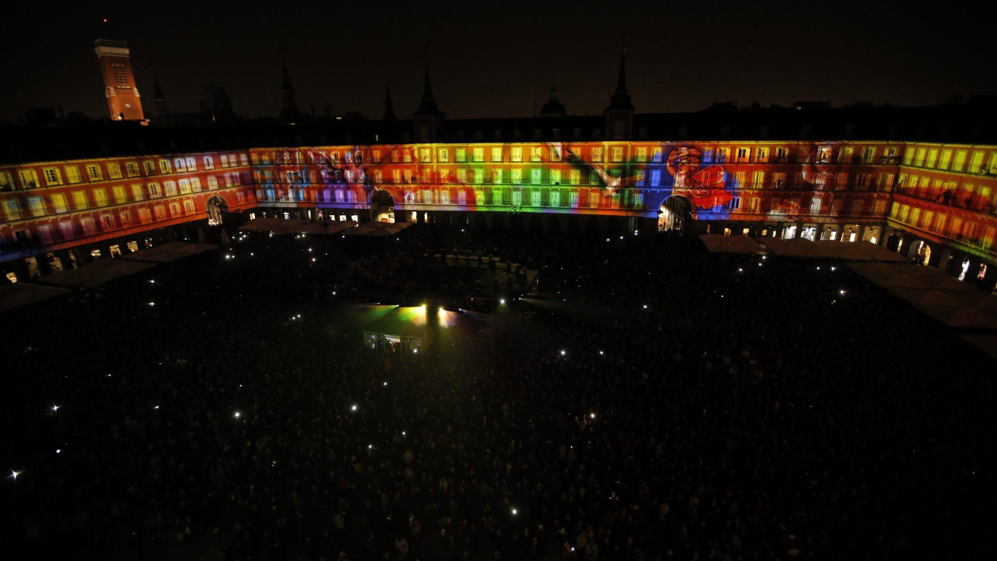 Conmemoración-Centenario-Plaza-Mayor-Madrid