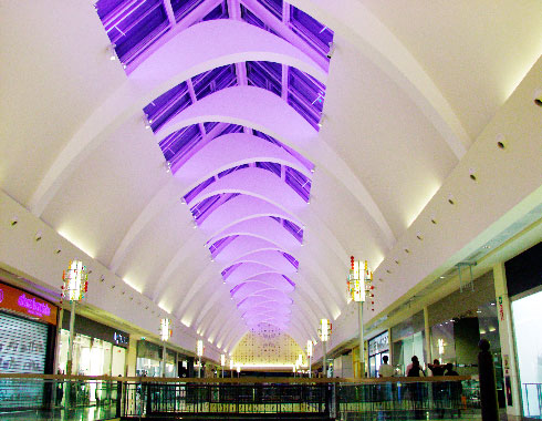 Xanadú shopping center illuminated ceiling