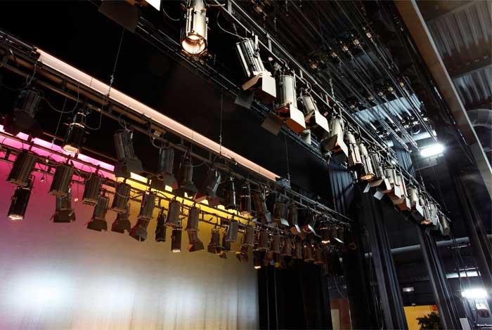 Iluminación Teatro Colegio Americano