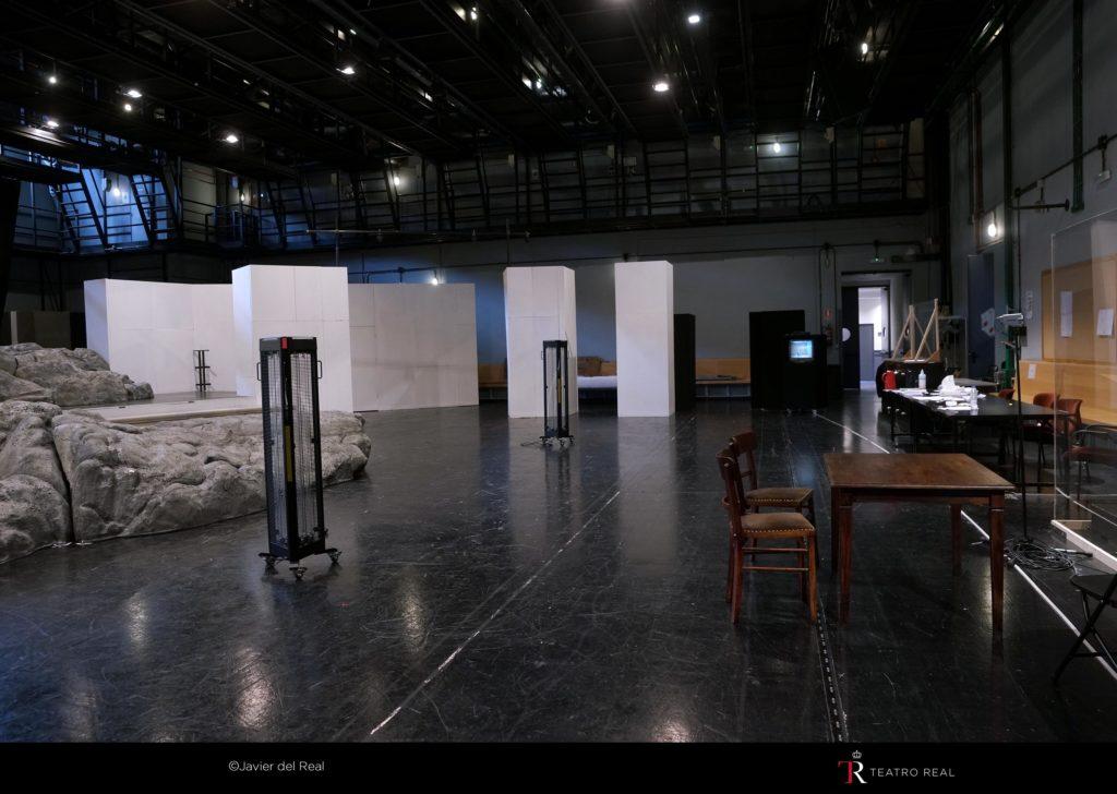 Aparatos UVM 216 en la Sala de Ensayos del Teatro Real